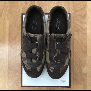 COACH Kyrie Sneakers, size 8.5